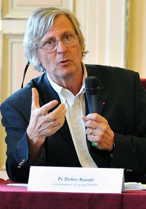 Дидье Рауль— крупнейший французский микробиолог и вирусолог, впоследние годы активно выступающий против дарвинизма
