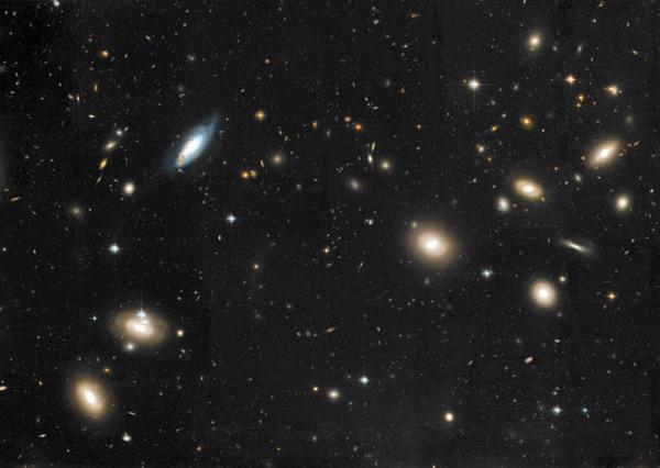 Скопление галактик в созвездии Волосы Вероники