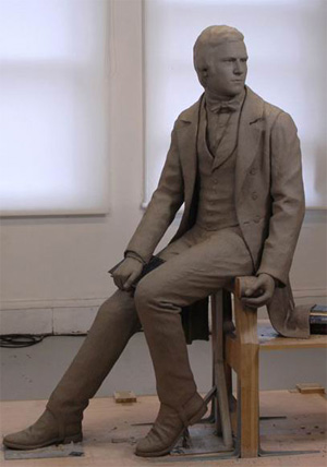 Скульптурный портрет Дарвина в молодости работы Энтони Смита. Эта скульптура (вбронзе) будет торжественно открыта сегодня в Кембридже. Здесь Дарвин изображен в возрасте 22лет, в 1831году, когда он был студентом Кембриджского университета. Фото с сайта www.anthonysmithart.co.uk