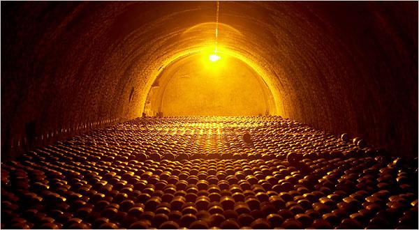 champagne_cellar_600.jpg
