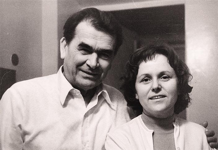 Рис. 2. Д. К. Беляев и Л. Н. Трут, 1970-е годы