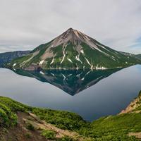 Озеро Кольцевое, остров Онекотан