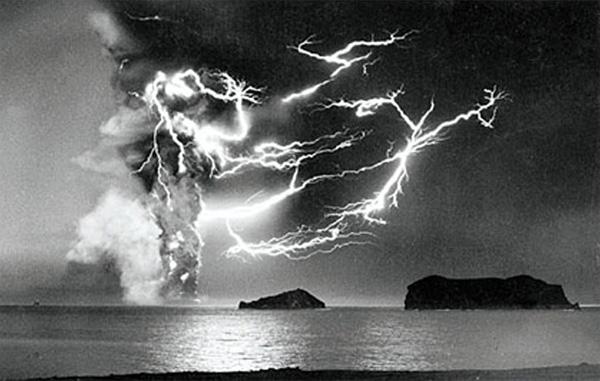 Вулканические выбросы и
