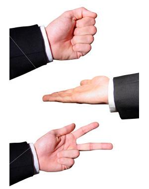 Игра «Камень–ножницы–бумага»: три объекта подобраны так, что из каждой случайно взятой пары объектов один обязательно «побеждает». Изображение с сайта www.deepfun.com